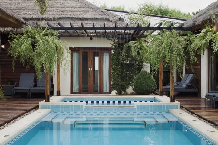 8 Villas HuaHin