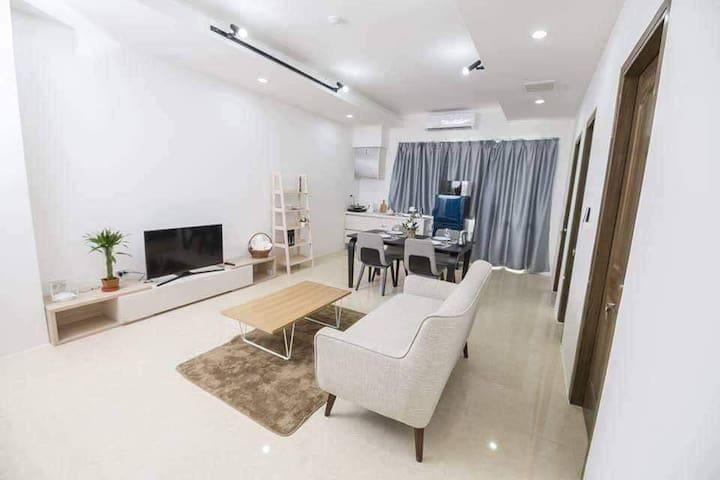 Two-bedroom Condo Unit on 21st Floor