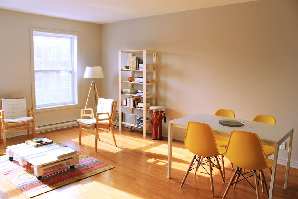 The living space is sunny and spacious. Perfect for lounging after a day's walk in the city.