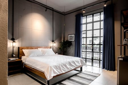 City Center | 5★ View | Room+Kitchen by CIRCADIAN