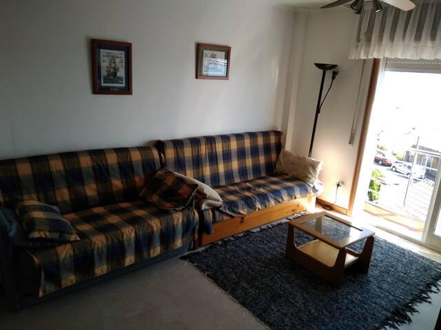 2 sofas cama