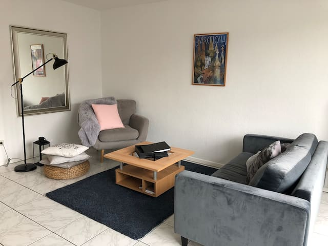 Cozy Flat in Darmstadt 5 min from the City Center