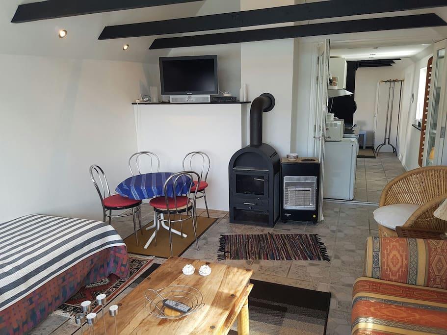 Stuen brændeovn (living room fire oven)