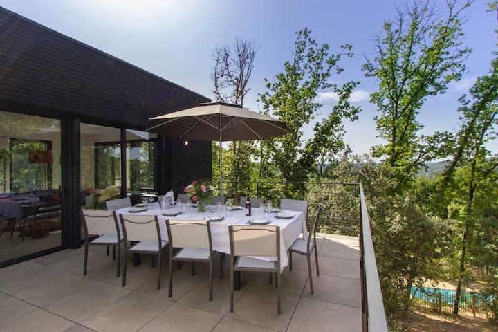 Villa contemporaine avec piscine chauffée Sarlat