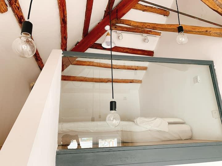 童院里民宿loft亲子大床房