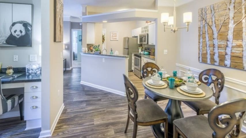 Cozy Spacey Morrisville Home