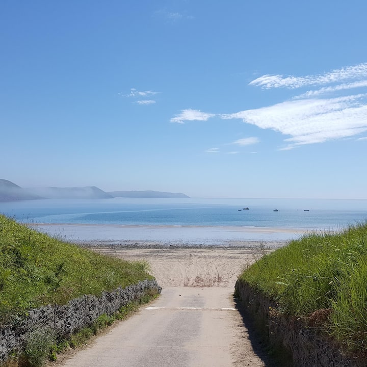 Beach Chalet 98, Freshwater East - Wifi