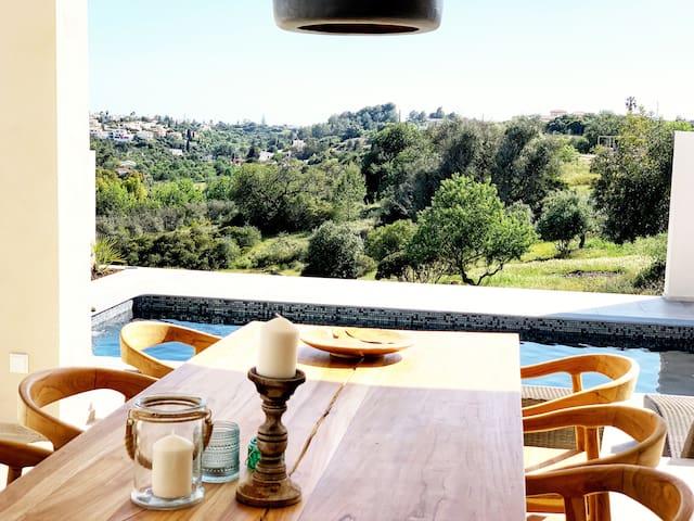 Luxueuze villa met privé zwembad (6p)