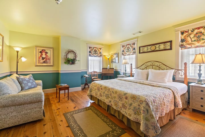 After Eight Bed and Breakfast - Sunset Room