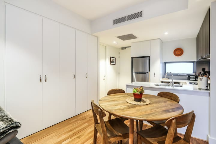 Great appartment walk to city, shops, cafes, art - Perth - Daire