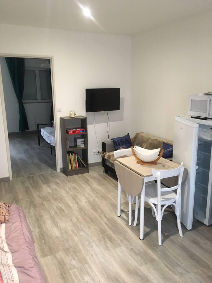 Appartement de 37m2neuf et indépendant au calme.