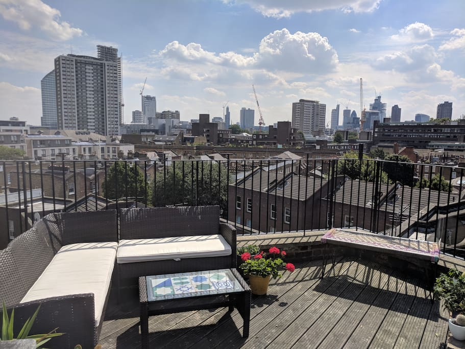Huge private roof terrace with  360 degree views of London