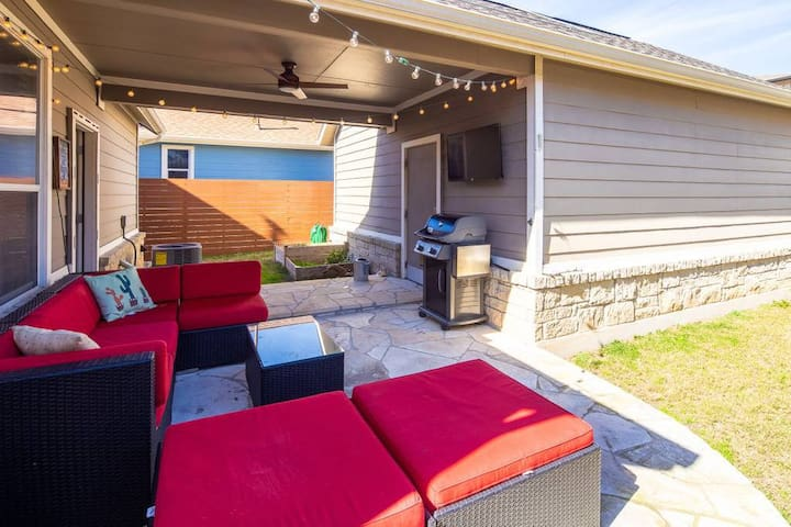 Private Mueller 3 bedroom - 10 mins to downtown