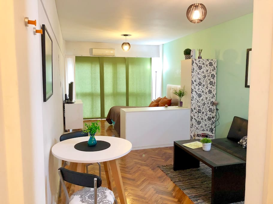 Comfortable and relaxing Studio. Unbeatable location!