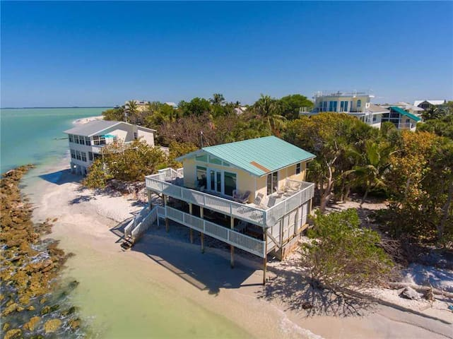 044-Sunset Beach House - Vacation Home