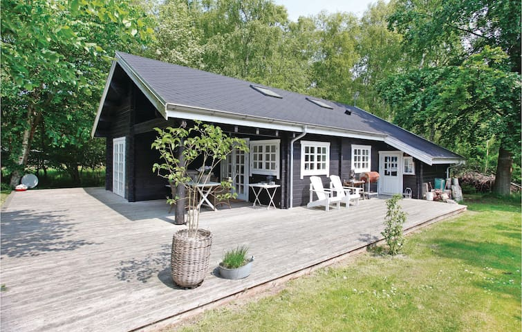 Holiday cottage with 3 bedrooms on 76m² in Nykøbing Sj
