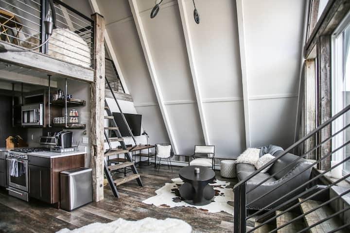Bozeman - Modern/Rustic 1 bedroom w/ Loft bedroom