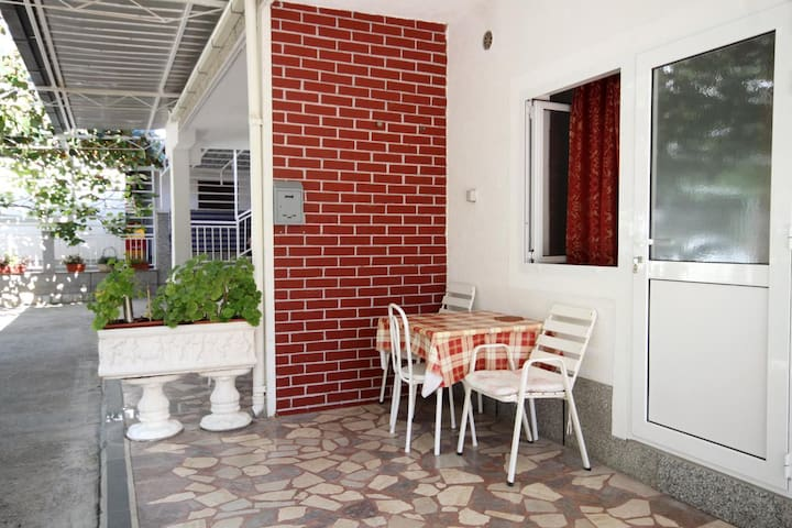 Studio flat with terrace Podaca (Makarska) (AS-4734-a)