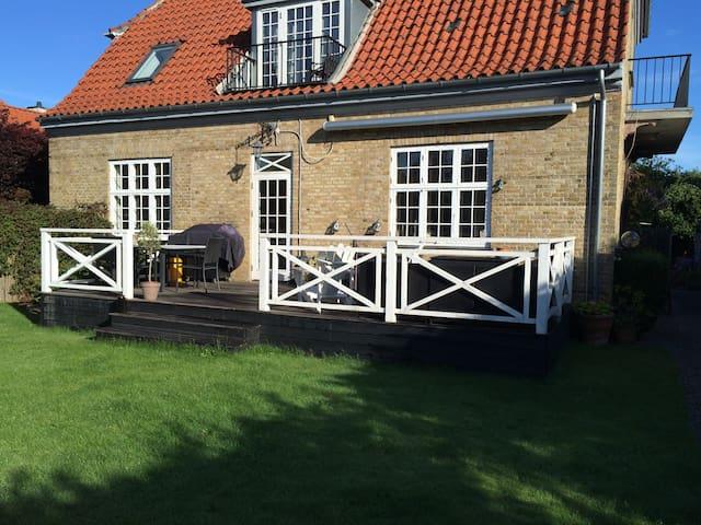Cosy patricia villa near Copenhagen - Charlottenlund - Hus