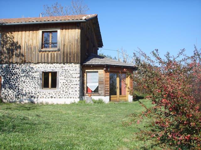 Très beau gite de caractère en Ardèche - Désaignes - Nature lodge
