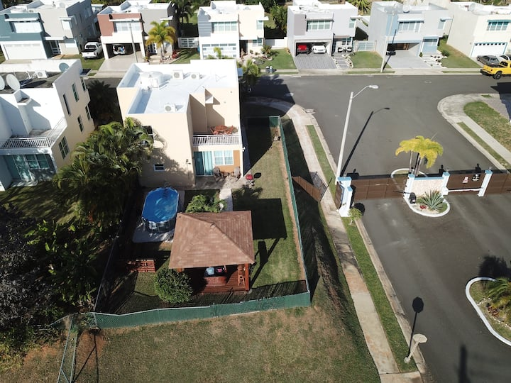 Your East Tropical Escape Fajardo with POOL! Bella