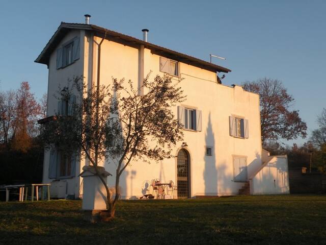 Casale Lunaspina -Appartamento Bianco - Civitella San Paolo - อพาร์ทเมนท์