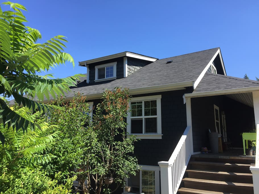 stay in our hidden 1930s craftsman style home on a private half acre - ample parking in our lot or take the #4 Maple Bay bus just up the street