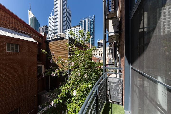Autumn Special: Perth City Living At Its Very Best