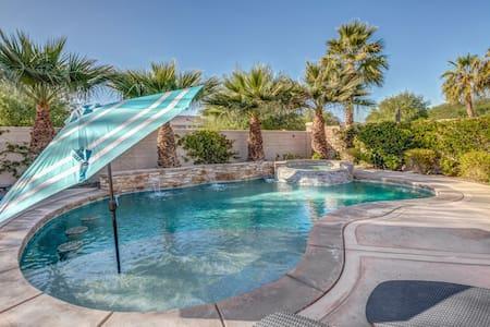 ★Lux Desert Oasis w/ saltwater pool near Coachella
