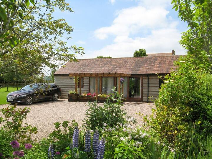 Harts Farm Barn Cottage (NTW)
