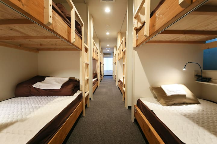 Roots Hostel Dormitory