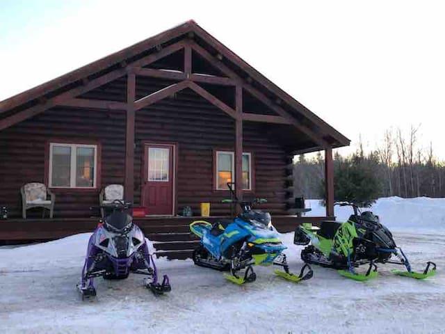 Cabin #3 of Pond Brook Cabins - Eagle Lake, Maine