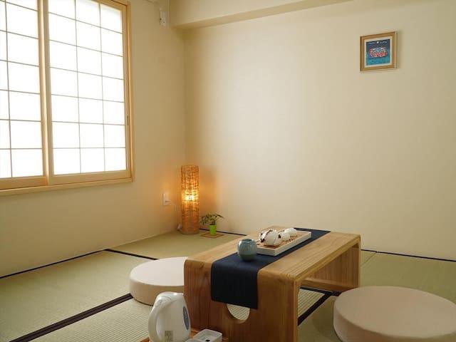 Wayn-Zen Onna Hotel JapaneseRoom w/Shared Bathroom