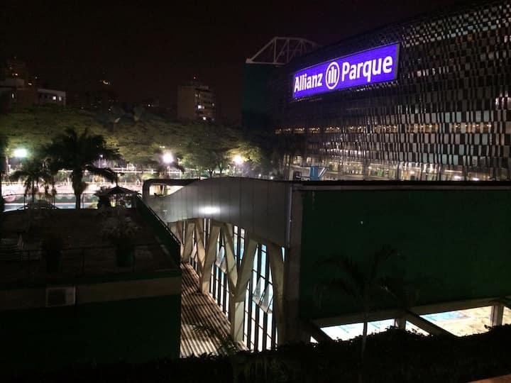 Apto amplo com alto-astral do Allianz Parque!