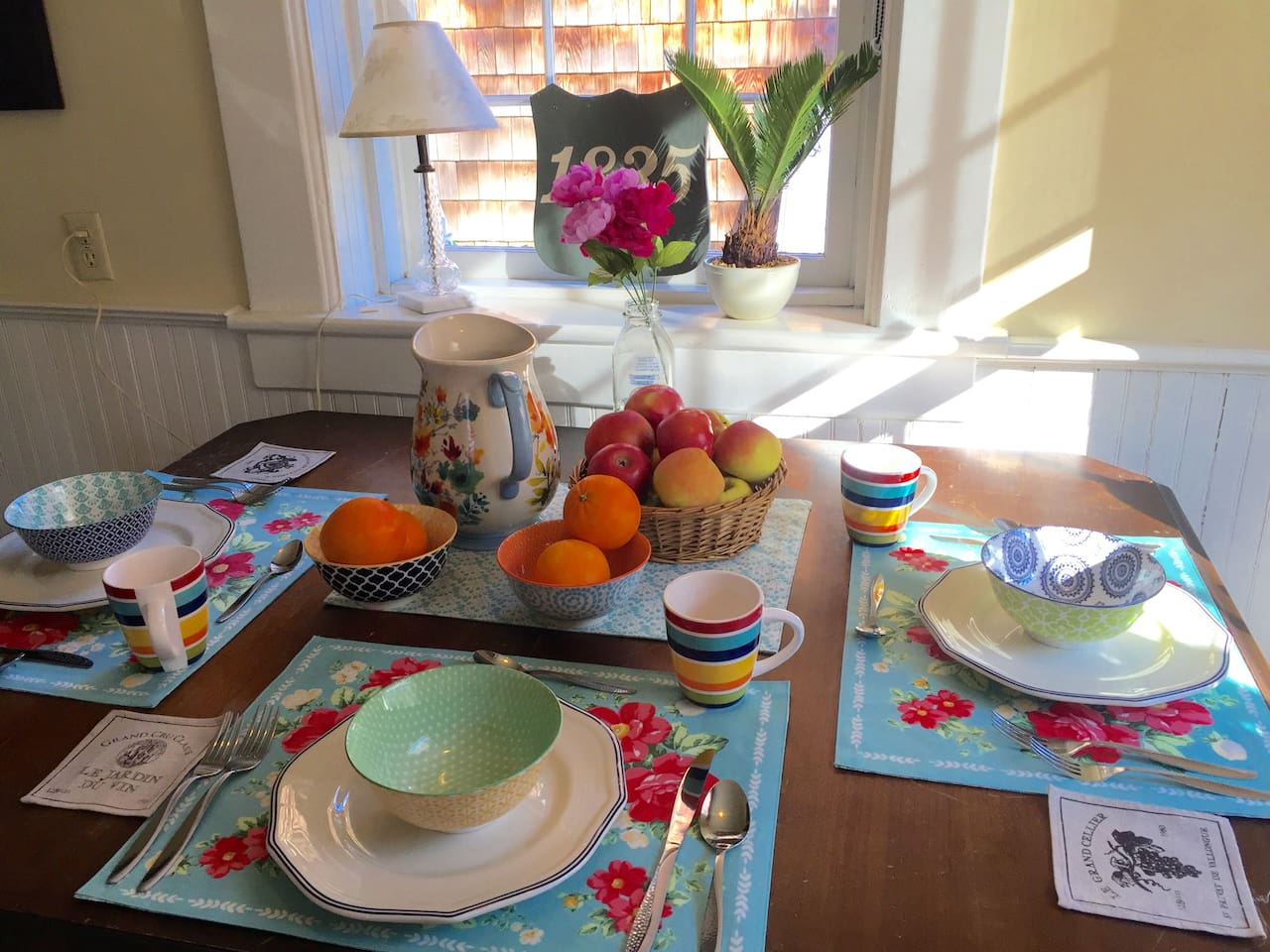 Breakfast Nook