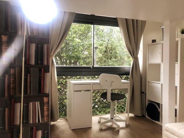 🏺🖼A'nB Oxford contemporary ASHMOLE ROOM in OX1👌