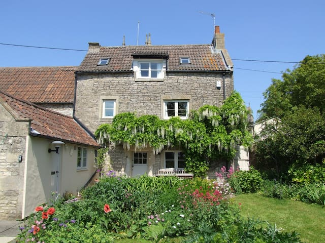 Enchanting stone cottage with woodburner near Bath - Colerne - Casa