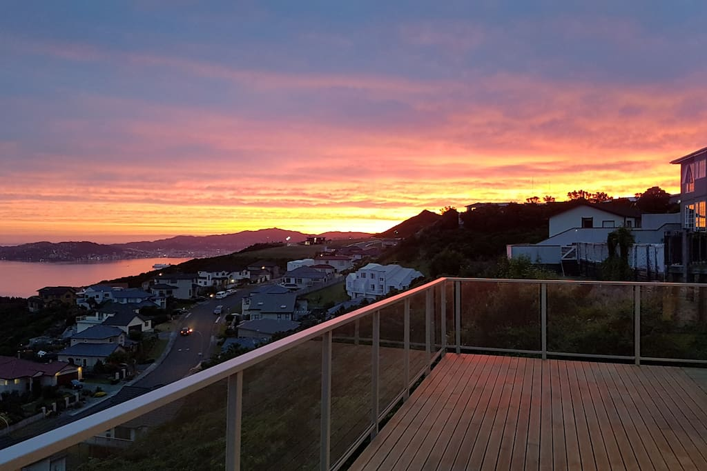 Sunset & Sunrise - Best views in Wellington !!