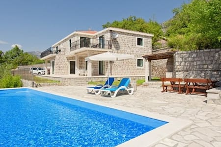Vila Tia with pool & sea view, 8 persons - Blizikuće - Villa
