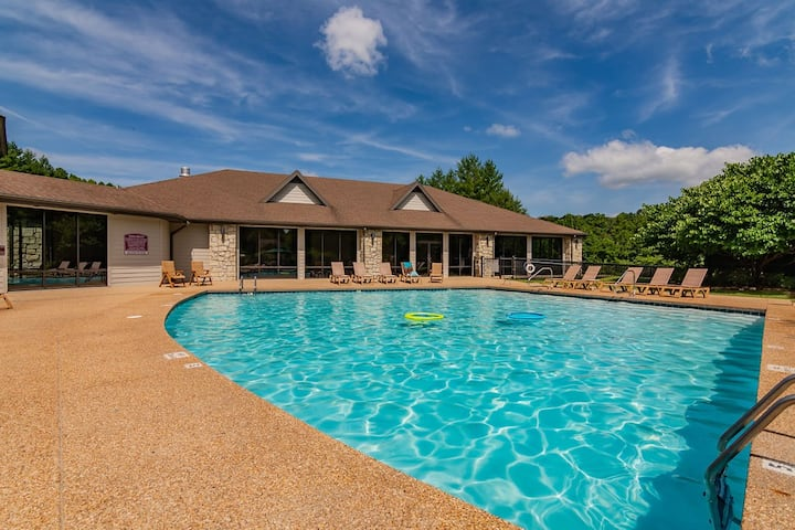 Stonebridge Resort Condo-Pools, Silver Dollar City