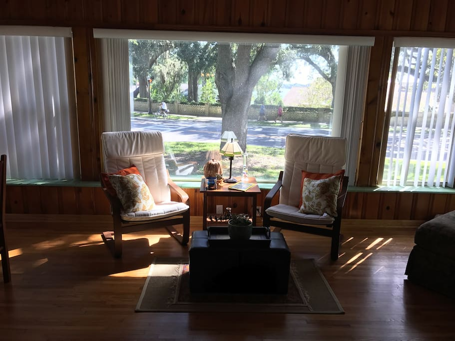 The Sunroom and Lake Hollingsworth.