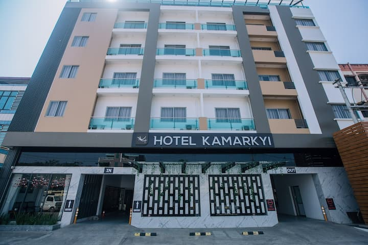 Hotel Kamarkyi (bed and breakfast)