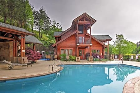 Charming 3BR Pigeon Forge Cabin - Pigeon Forge