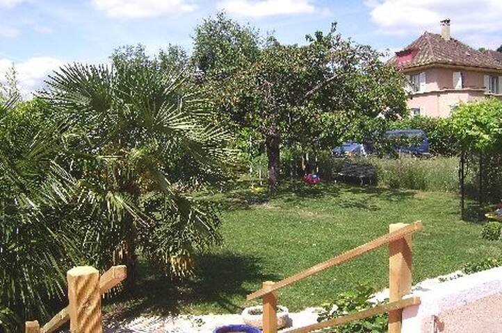 maison individuelle avec jardin - Renens - บ้าน