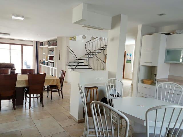 dafna's kosher villa - Yad Binyamin - Casa