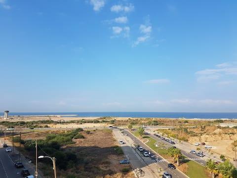 Tel Aviv north apartment with amazing  sea view