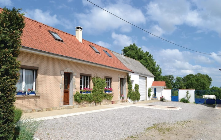 Nice home in Senlecques with 3 Bedrooms