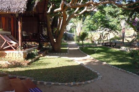 Chambre KOMBA à Ilo village