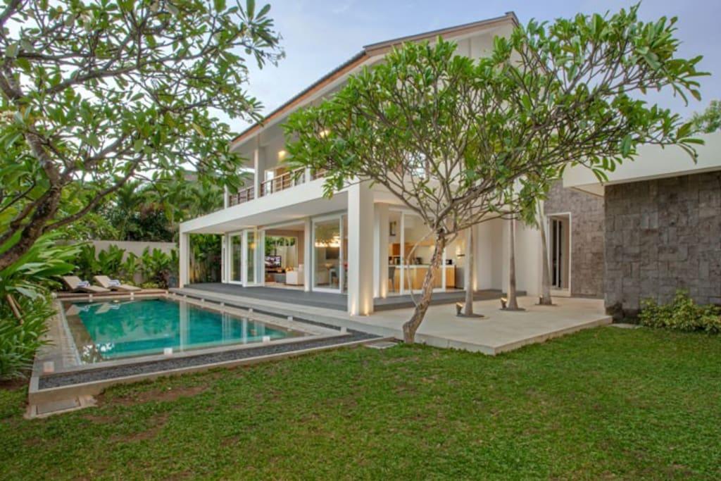 2 Bedroom Holiday Villa near Canggu Club