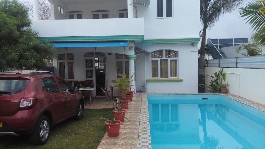House with private pool, jacuzzi ,air-con,wifi.